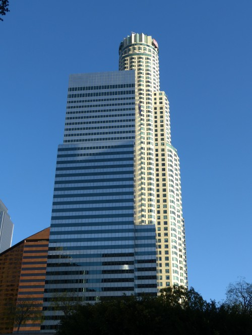 US Bank -tallest building west of the Mississippi